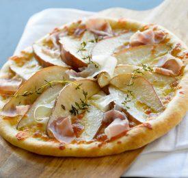 Pizza aux poires et prosciutto